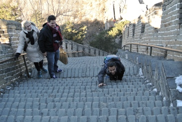 It's a tough climb. É uma subida dura.