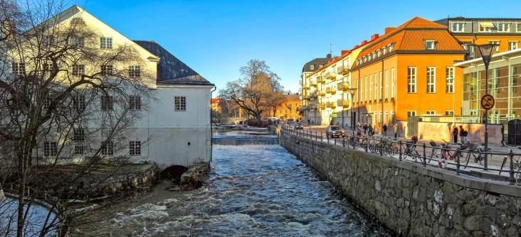 Fyrisån (The Fyris river) running through the city.